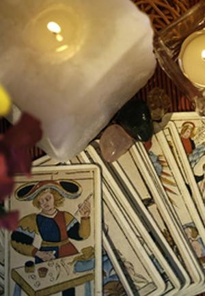 Gypsy-card reading